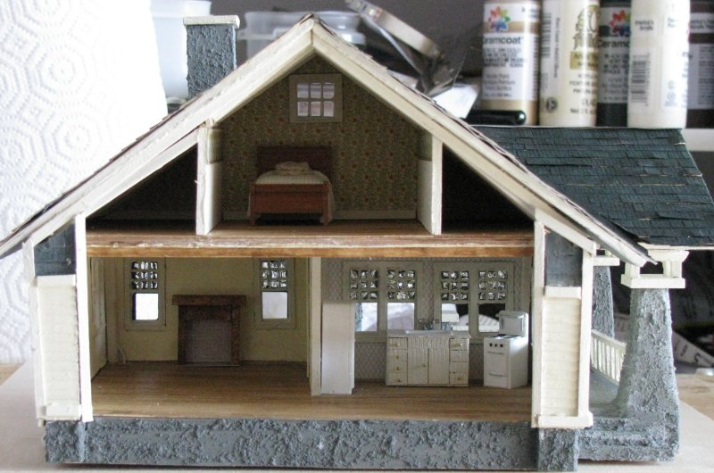 I Couldn T Resist This Vintage Colonial Dollhouse From The: Jenn's Mini Worlds: A Dollhouse
