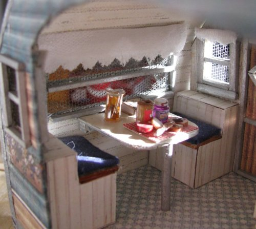 Jenn's Mini Worlds: A Dollhouse Miniaturist