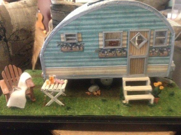 trailerfrontlandscape