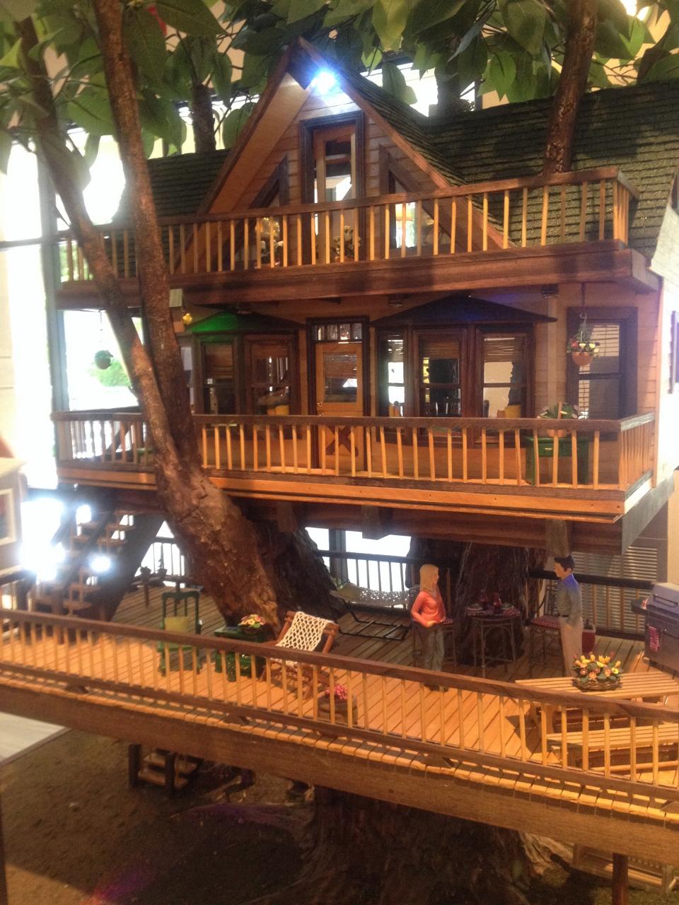 Miniature Tree House seen at mini show– tree house | jenn's mini worlds: a dollhouse