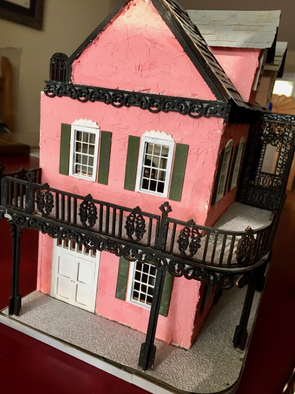 French Quarter | Jenn\'s Mini Worlds: A Dollhouse Miniaturist\'s Blog